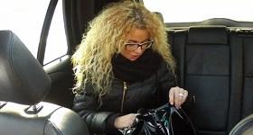 Blondínka z fake taxi