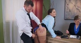 Sex v úrade