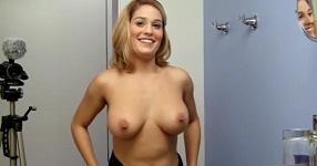 veľké prsia Hentai sex