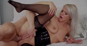 MILF Kathy Anderson má sex