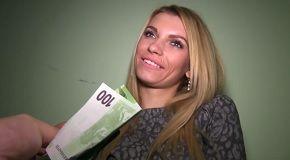 100 eur pre sexy blondínku - rychlý prachy
