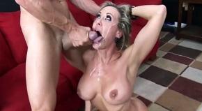 porno hviezda výstrek zadarmo veľký kozy mama porno