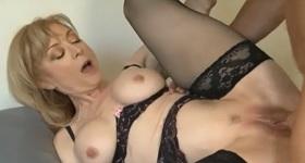 divoké zrelé mamičky porno