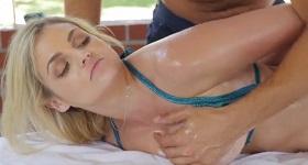 Erotika na masáži so zrelou