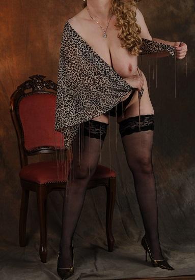 legit erotická masáž kostým