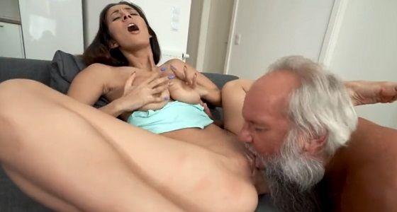mladé vagína Tumblr čierna a biela sex galérie